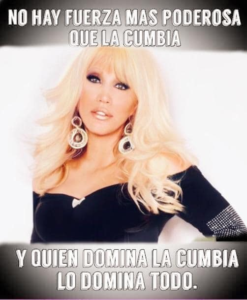 Laura León en Portada de la Cumbia